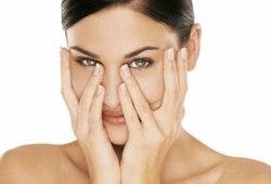 Как убрать темные круги под глазами и вокруг глаз в домашних условиях